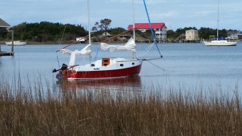 Sternline to shore.jpg